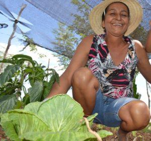 Cida Silva diz que o trabalho na associação de mulheres gerou empoderamento| Foto: Daniela Bento